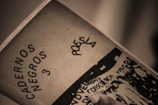 cadernos-negros-05FC2BEAC2-64F7-0A98-E8B6-FE57118F6D39.jpg